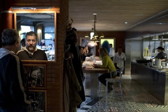 Philippe starck s ma cocotte restaurant opens in paris - Restaurant starck puces ...