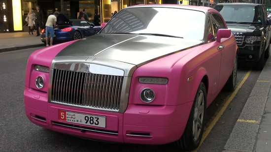 pink-barbie-rolls-royce-3-thumb-550x309