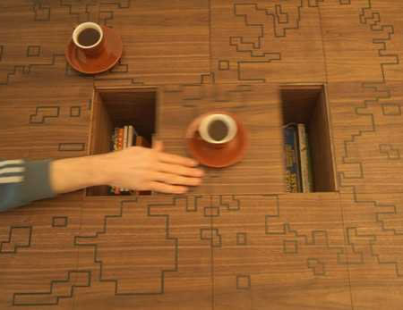 play_coffe-table