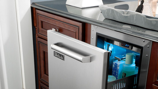 refrigerated-cabinets-1-thumb-550x312