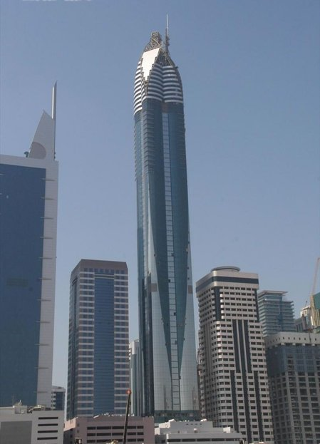 Rose tower tops the list of world s tallest hotels for Hotels in chicago under 100