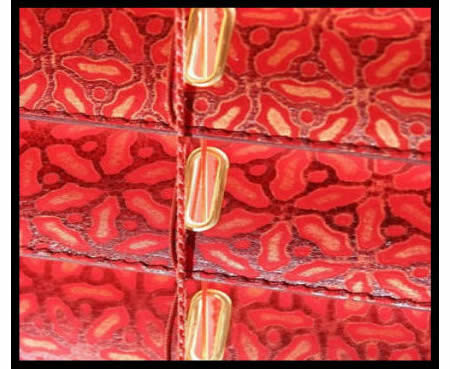 santwist-leather-blind-embossed-red-detail