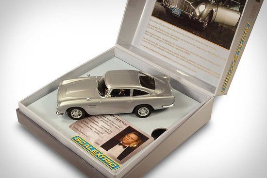 scalextric-james-bond-thumb-550x366