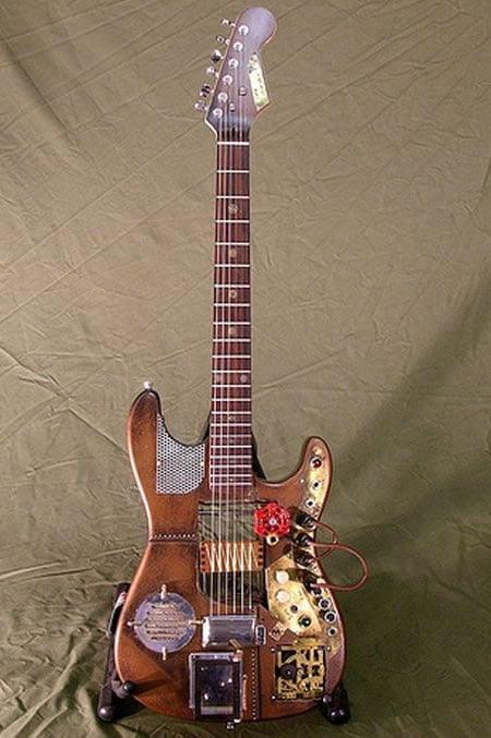steampunk-guitar-1