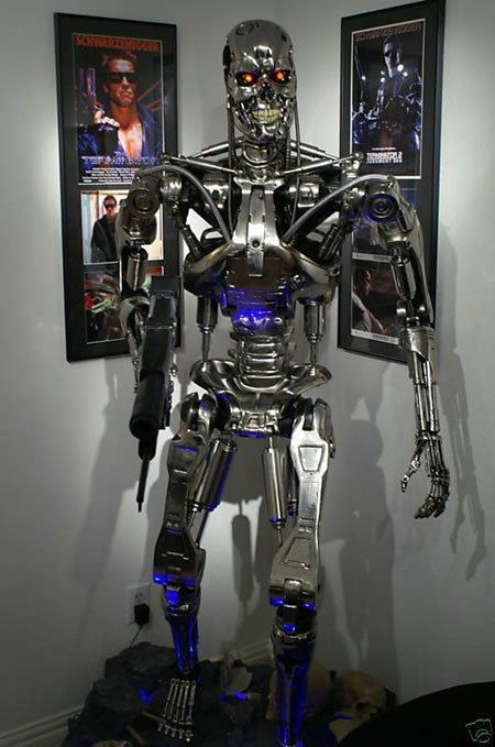 Led Lights For Cars >> Sideshow Terminator T-800 Endoskeleton Life-Size Prop