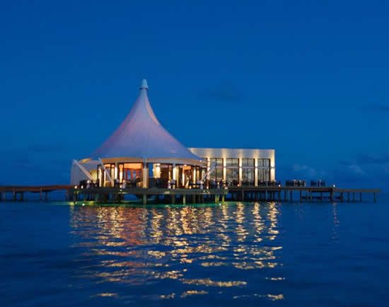Subsix is the world's first underwater music club in the Maldives : Luxurylaunches