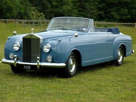 vintage-cars-thumb-450x337