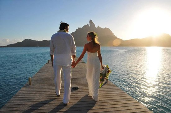 St regis bora bora to auction a 250000 customized wedding program looking for a lavish wedding setup in an exotic island then st regis bora bora resort has tied up with norwegian wedding gown designer cecilie melli for junglespirit Choice Image
