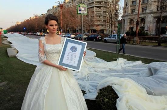wedding_dress_with_the_longest_train_2