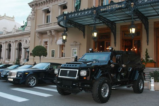 1 Million Dollar Fire Truck >> At $1.5 million, the world's most luxurious armoured limo keeps you comfortable and safe