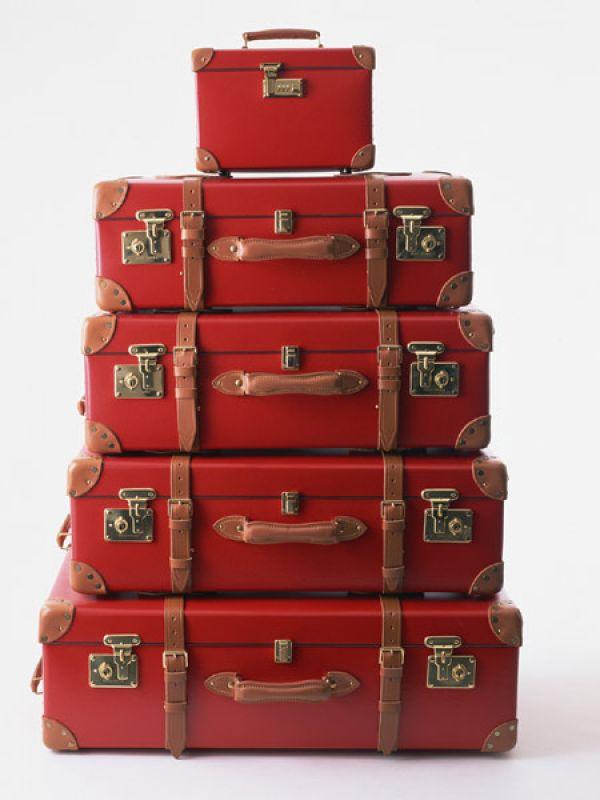 travel_accessories_suitcase_600x450