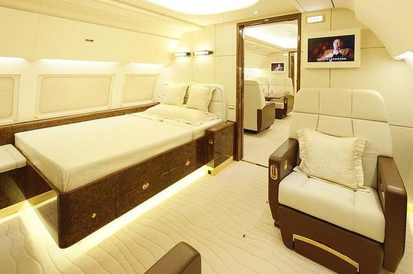 peek inside the 87 million airbus acj319. Black Bedroom Furniture Sets. Home Design Ideas