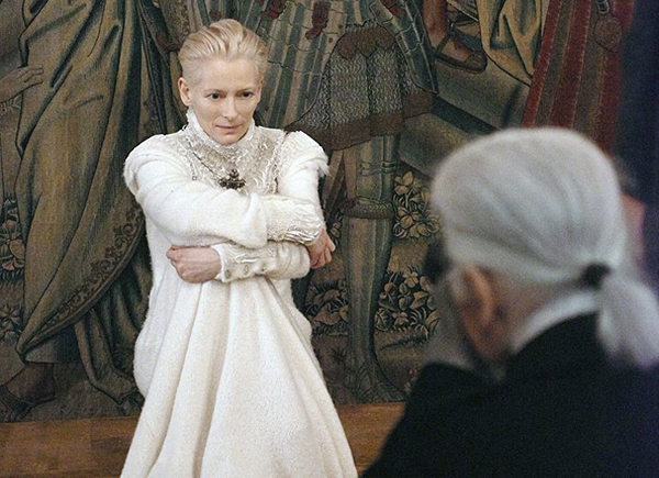 tilda-swinton-chanel