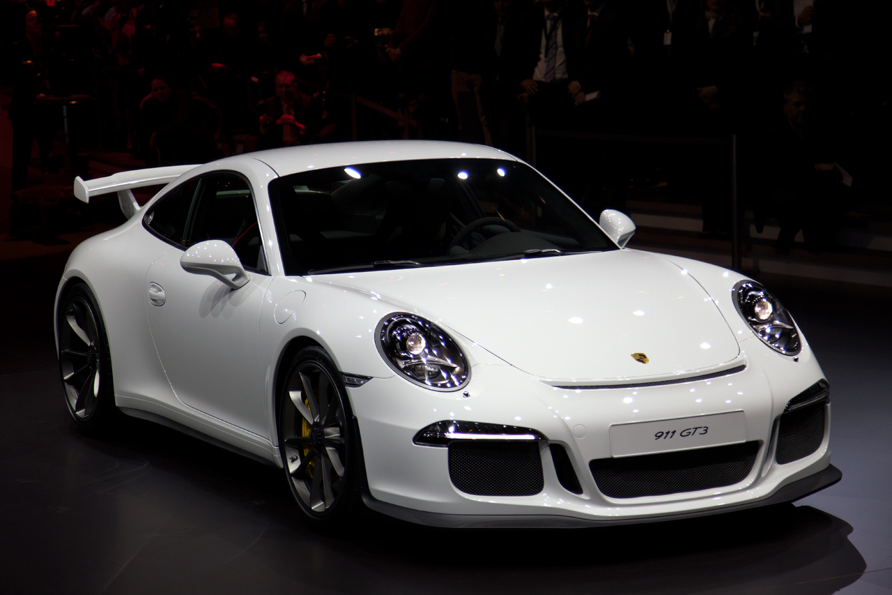 Lovely 2014 Porsche 911 GT3 Shows Up At The Geneva Motor Show