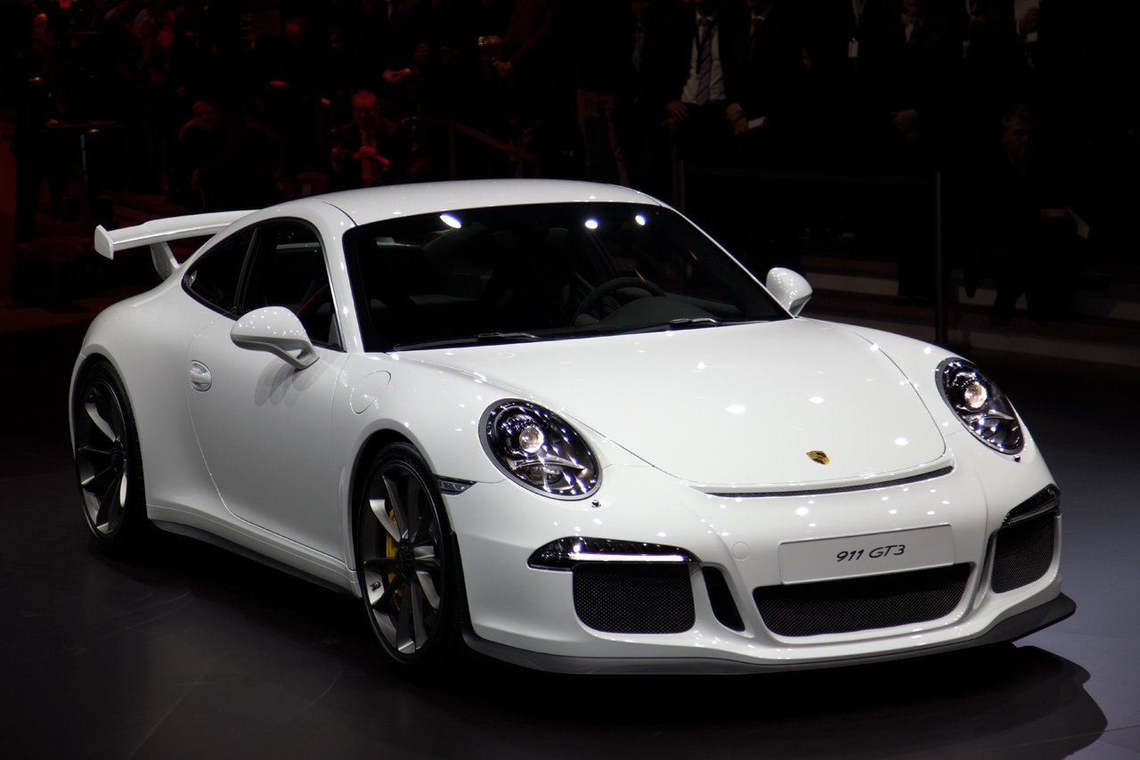 2014 Porsche 911 GT3 shows up at the Geneva Motor Show -