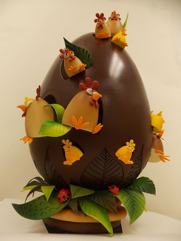 A bakery in NY has a 3-feet tall chocolate Easter egg for $1,000 -