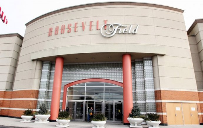 The 10 largest malls on the east coast of the united states for Roosevelt field garden city ny