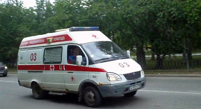 Rich Russians dodge the traffic with private deluxe ambulance-taxis : Luxurylaunches