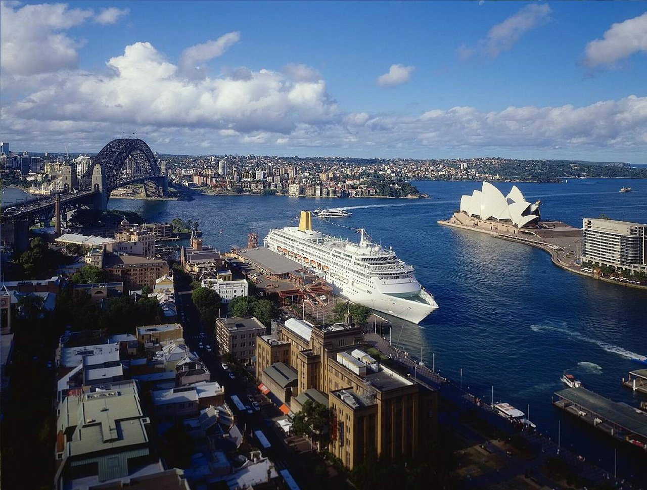 sweeping-harbour-views-in-sydney