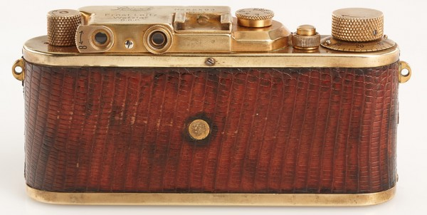 gold-plated-leica-3
