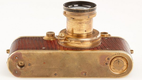 gold-plated-leica-5
