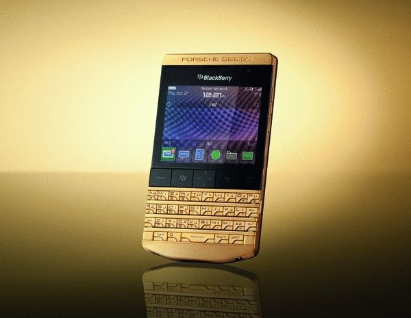 porsche-blackberry-gold-2