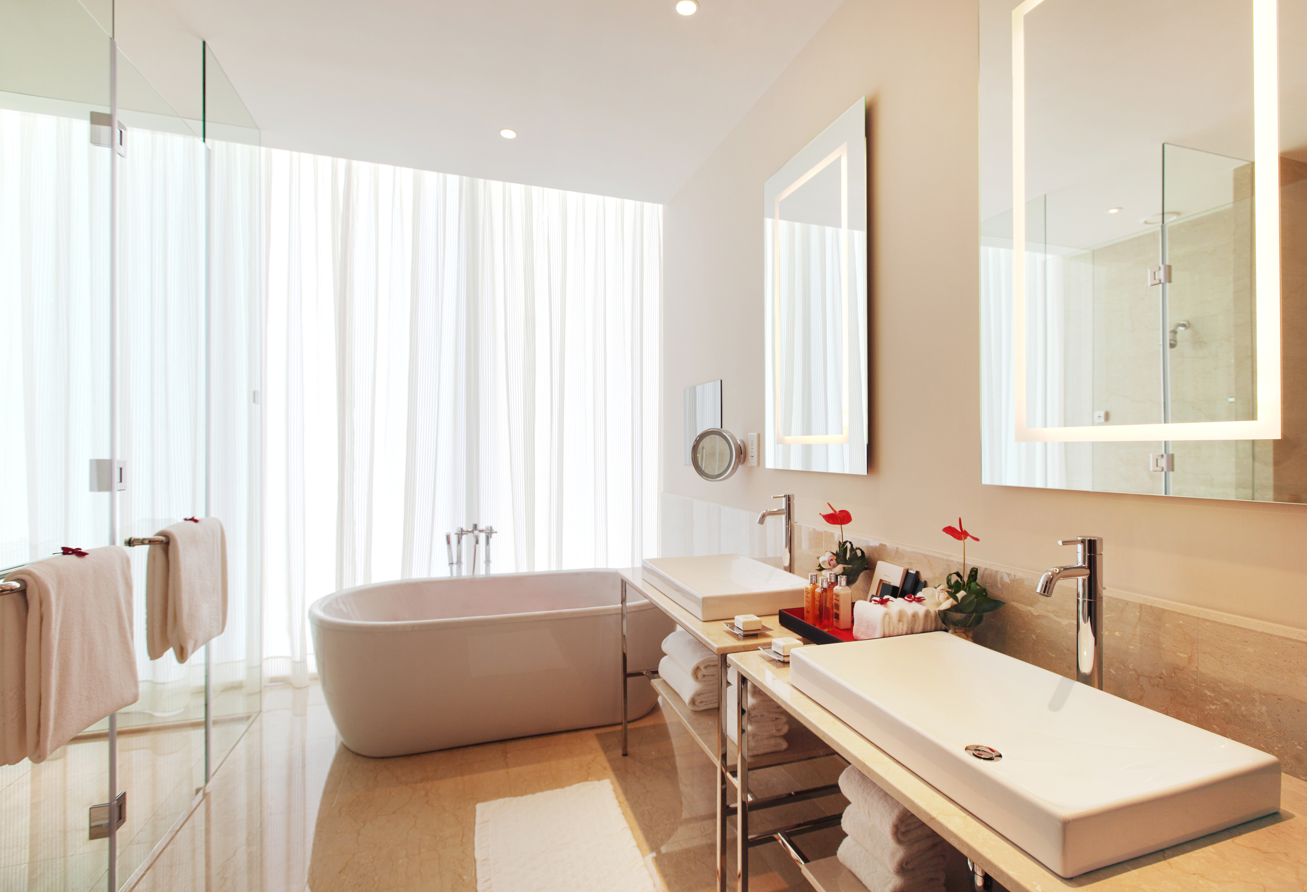 The Oberoi Dubai Opens As The Group S First Hotel In The