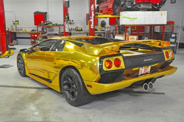 gold-wrapped-lamborghini-7