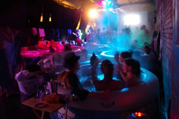 hot-tub-cinema-2