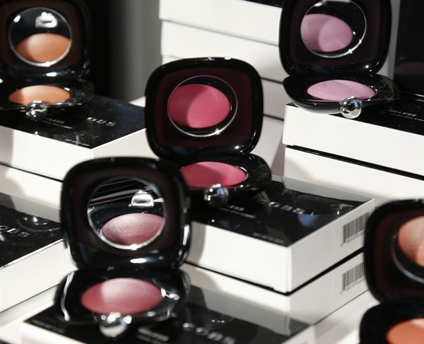 marc-jacobs-makeup-4