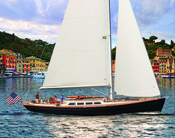 morris-yachts-m46-paddleboard-4