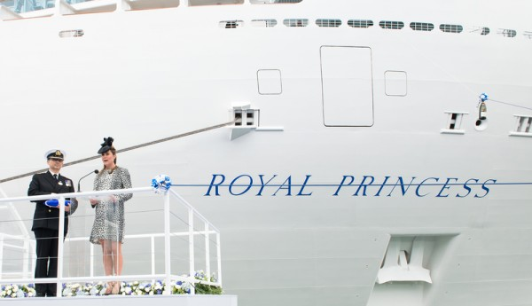 royal-princess-ship-2
