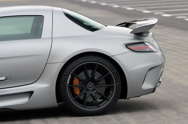 2014-mercedes-benz-sls-amg-black-series-12