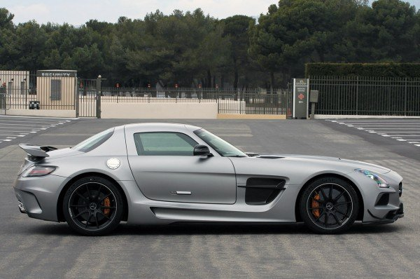 2014-mercedes-benz-sls-amg-black-series-3
