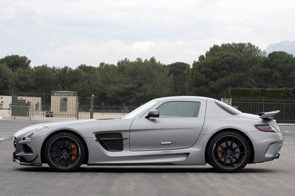 2014-mercedes-benz-sls-amg-black-series-4