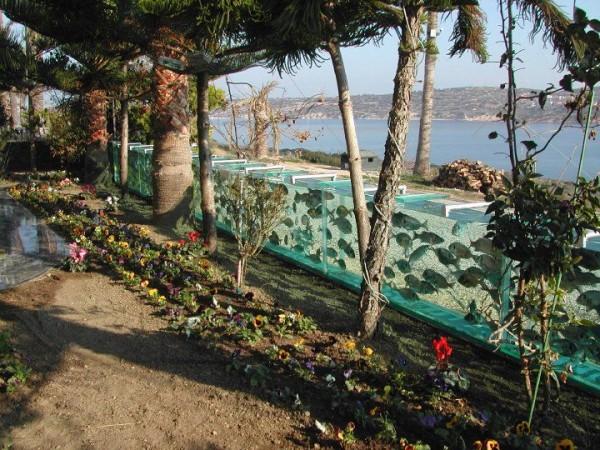 cesme-aquarium-fence-4