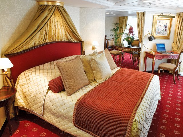 Oceania Cruises announces the longest around-the-world voyage in the history -