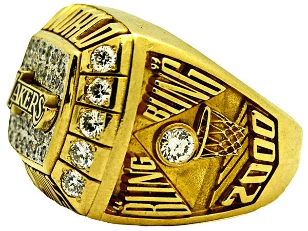 kobe-bryant-nba-championship-ring-2