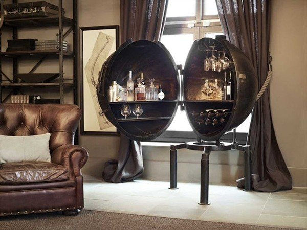 A Personal Steampunk Bar Transformed From A Light Bulb