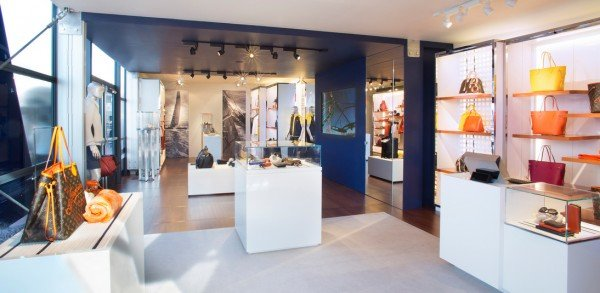 louis-vuitton-cup-pop-up-store-2