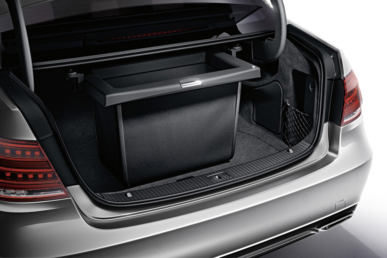 2014 mercedes benz s class accessories unveiled for Mercedes benz suitcase