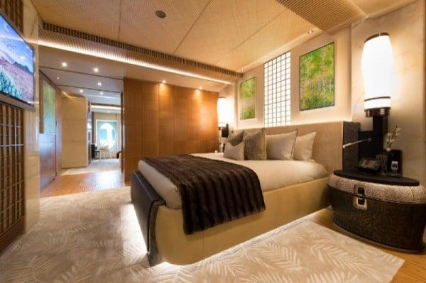 nirvana-mega-yacht-11