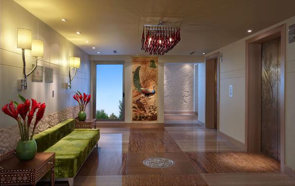 peacock-suite-presidential-elevator