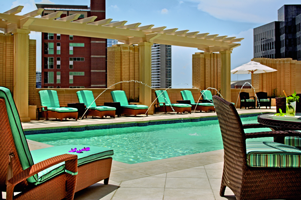 ritz-dallas-swimming-pool
