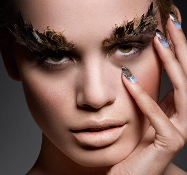 ciate-feathered-manicure-2