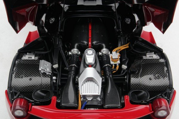 laferrari-scale-5