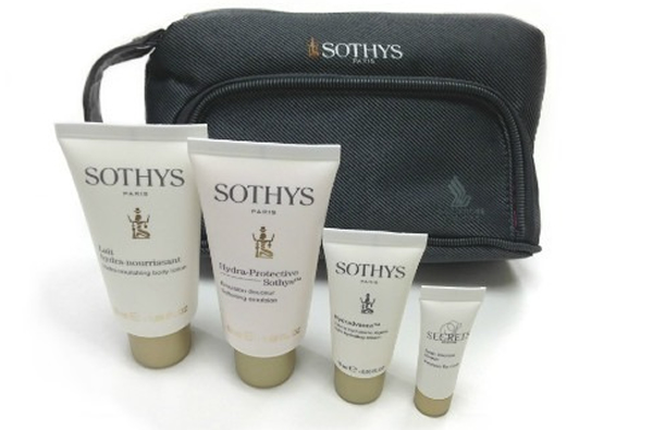 singapore-airlines-amenity-kit