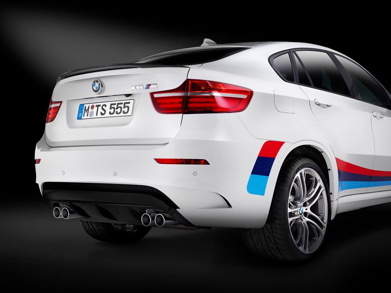 Bmw Unveils Limited Edition X6 With M Performance Stripes