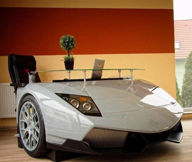 Drive Your Workdays With The Lamborghini Murcielago Desk