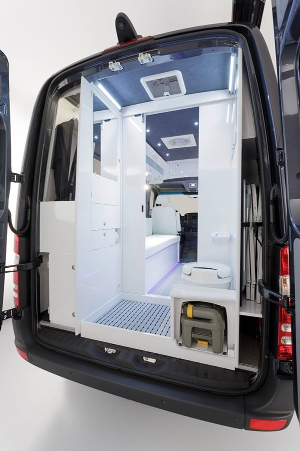 mercedes-benz-sprinter-caravan-4